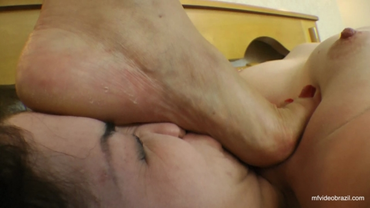 Twin foot fetish-5818