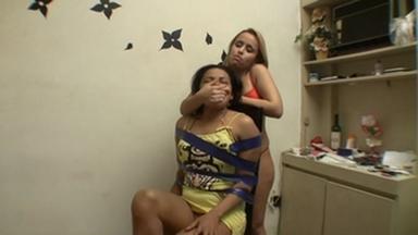 HandSmother - Loira Nova And Monteiro