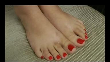 FOOT FETISH / Deep Feet - Celine Lemos