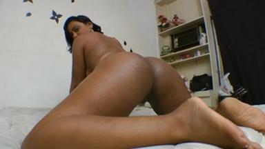 FACE SITTING / Facesitting - Gigantic Carioca And Slave Priscila