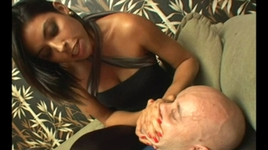 SMOTHER / HandSmother - Kassiane With Marco