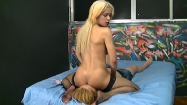 Face Sitting By Blonde Sara Whit The New Girl