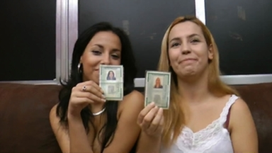 Hand Smother - Real Sisters By Nara Lemos And Her Step Sister