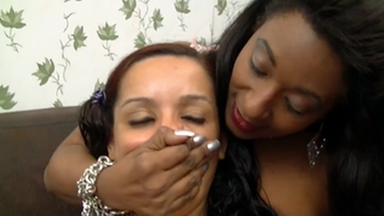 Handsmother By Aprendendo And Bruna Minelly