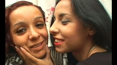 KISSING / Kissing - Neguinha Gravando