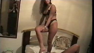 FOOT FETISH / Deep Feet And Lick - Mistress Lola And Slave Vaninha