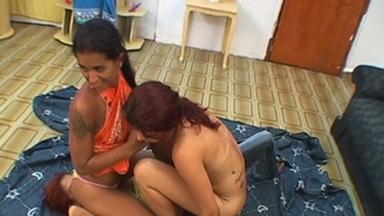 Facesitting - Francesca, Isabella, Darlene
