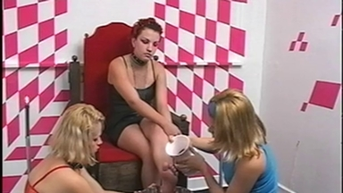 Feet Lick - Mistress Laura And Two Slave