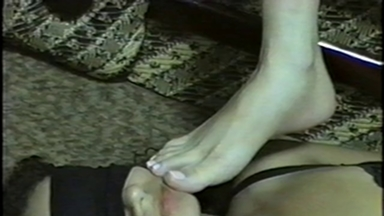 FOOT FETISH / Feet Lick - Mistress Luana And Slave Valerie