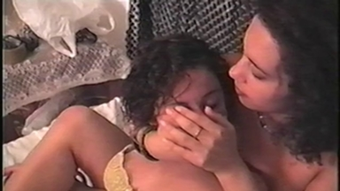 SMOTHER / HandSmother Control Air - Mistress Sofia And Slave Luana