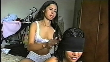 FOOT FETISH / Deep Feet - Claudinha And Slave Cleo