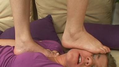 TRAMPLING / Trample - Shoes And Barefeet - Tatty And Chris