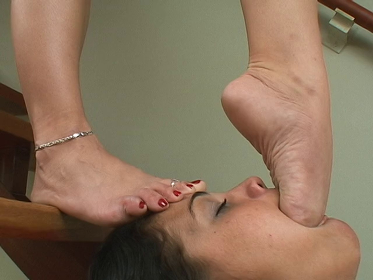 deep foot worship
