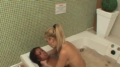 Strangle Hands Water - Blonde Domina Destroy Black Slave
