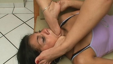 Deep Feet - Andressa, Slave Luana