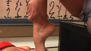Deep Feet - Angela Mendes And Slave Daniela