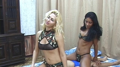 FACE SITTING / FaceSitting - Sarina, Melissa And Slave Adriana