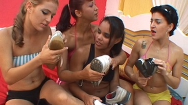FOOT FETISH / Feet And Socks Smell - Marta, Nicole, Patricia, Leticia - Classics