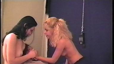HandSmother - Paula, Alessandra And Slave Nanda