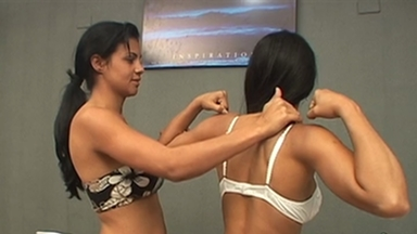 FIGHTING GIRLS / Muscle Girls - Karina And Slave Gaby