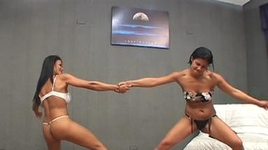 Muscle Girls - Karina And Slave Gaby