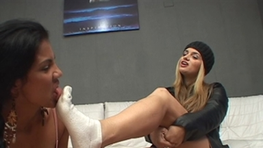 FOOT FETISH / Real Eat Feet Lick - Alexia And Slave Gaby