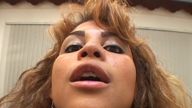Spitting - Daniela