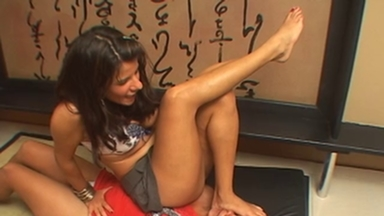 Trample And Jump - Rafaela Petriutti And Slave Ivana