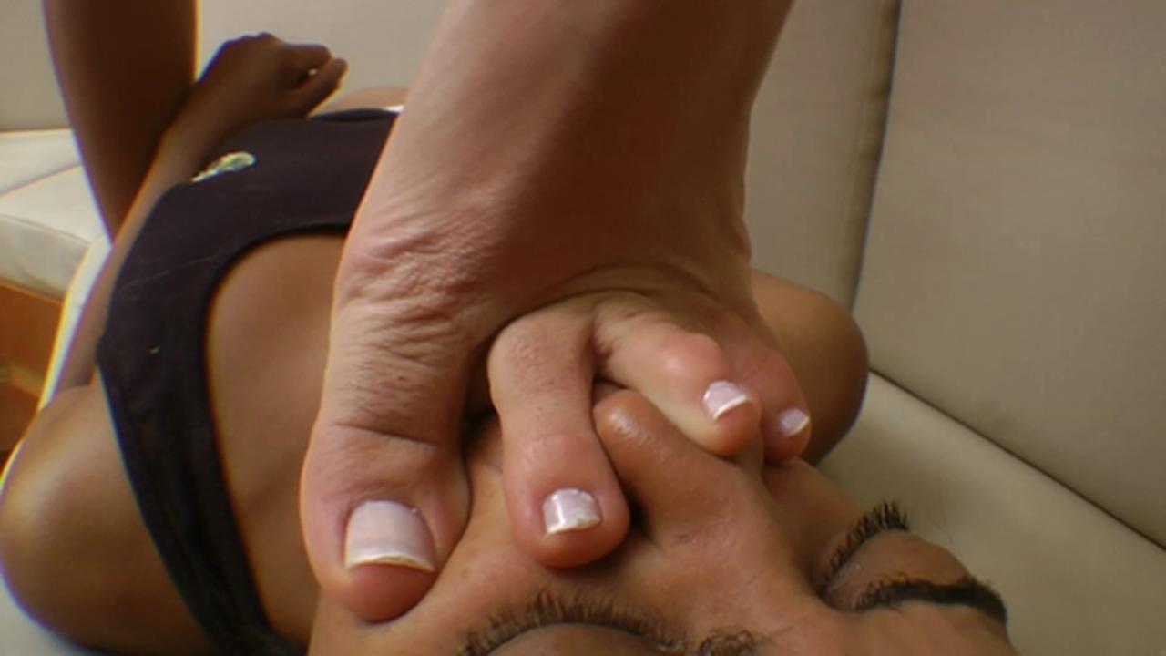 Woman foot fetish-4341