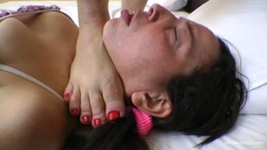 Dangerous Feet Milf By Sophia Milf - Xuxinha And Bia Black