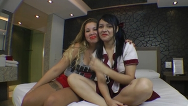 Hot Kisses Girlfriends - Feel My Tongue Deep In Your Mouth By Meg And Paulinha