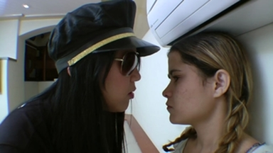 FIGHTING GIRLS / Scissor Fight - Strong Legs By Aline Cruel And Isabella
