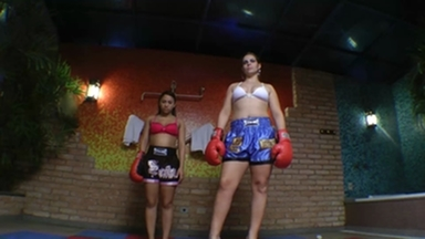 FIGHTING GIRLS / Fighting Girls Muay Thay By Rapha Vegas And Slave Vivi