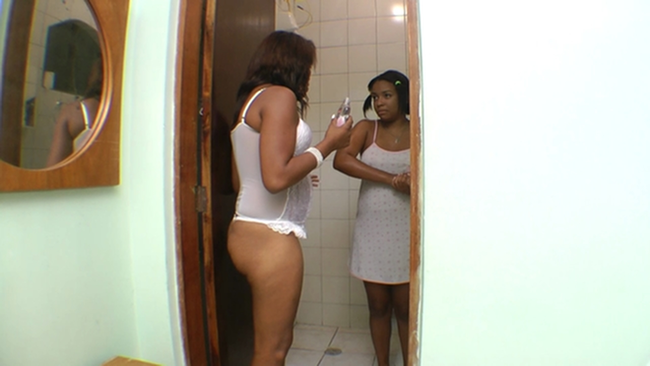 Hot teen face sitting and cumshot