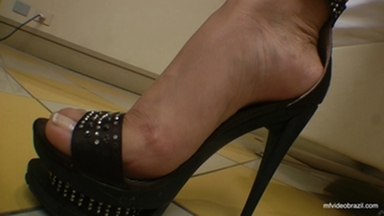 Dangerous Feet - The Perfect Feets And Nails By Top Model Francesca Giant And Vaninha