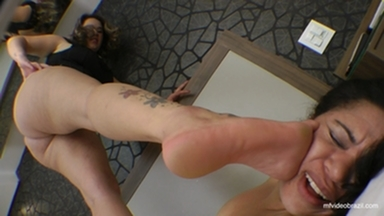 TRAMPLING / Trample Fat Girl Perfect Soles By Fabianne Silva And Cris