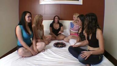 KISSING / Hot Kisses Roulette Game - The Gang Bang Kiss Party With 6 Girls By Hannah Pessioto And Samatha Mark