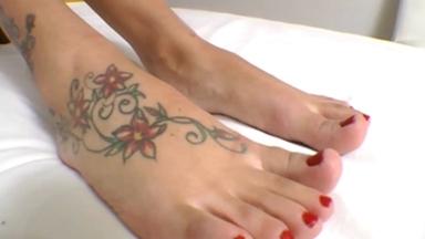 FOOT FETISH / Deep Feet Tattoo By Top Model Lorena Gimenez And Vivi