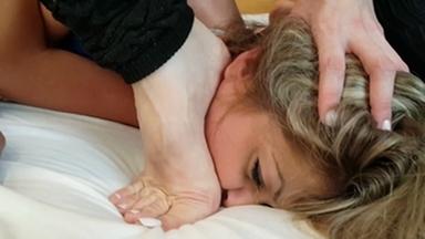 FIGHTING GIRLS / Feet Fight Girls Learn With Specialist By Karina Cruel