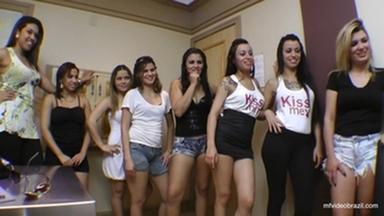 KISSING / Hot Kisses Games Marathon By Top Girl Francesca Camera Version 2