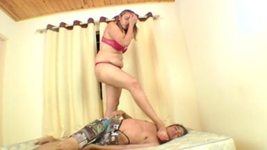 Feet Fight Big Feet Humiliation Boy By Giant Girl Tati Devassa