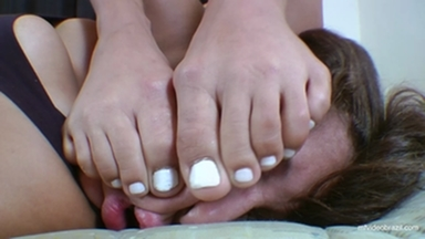 FIGHTING GIRLS / Feet Fight By Kyanna Andreatti And Arie