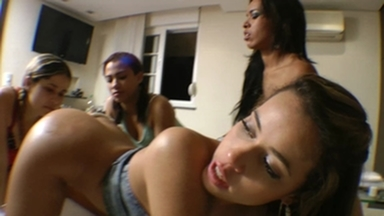 Hot Kisses And Ass Licking By Top Model Lola Mello Part 2