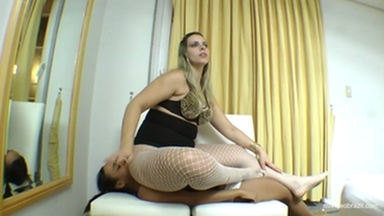 Sofa Girl By Rapha Vegas And Vaninha