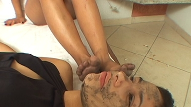 FOOT FETISH / Dirty Feet By Grazi Di Fiori And Slave Viviane
