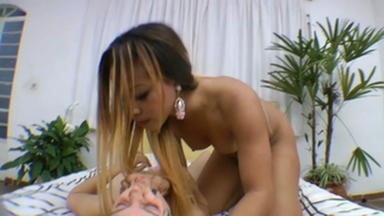Face Sitting Fuck Face With Orgasm Coctail By Monique Maclaren And Slave Erika