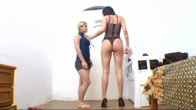 Face Sitting Fuck Face By Lunna Drummond And Slave Isabela