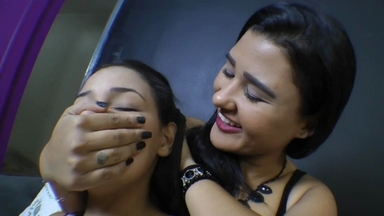Smother And Mouth Play By Nataly Di Fiori And Slave Anne