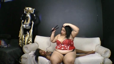 SOFA GIRL / Absolute Heavy Weight Valkiria Fat Colossos And Her Slave Priscilinha