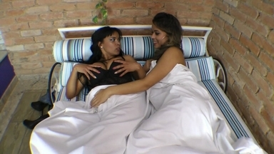Top Bodies Lesbian Practices By Top Model Lola Mello And Top Girl Jessica Winchester